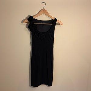 Black dress. S